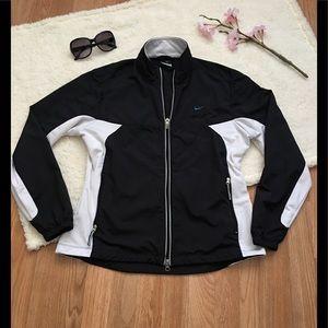 Nike Women's Running Windbreaker zip front jacket